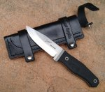 Bear Grylls knife Rob Bayley